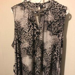 Sleeveless animal print blouse